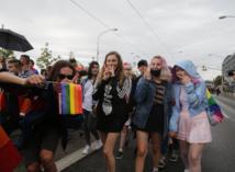 Na Dúhovom Pride v Bratislave pochodovalo takmer 3 000 ľudí