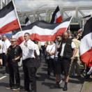 Polícia v Berlíne je v pohotovosti, snaží sa izolovať neonacistov a antifašistov
