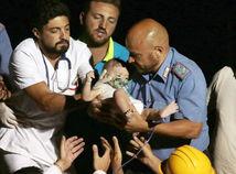 ischia, zemetrasenie, taliansko, chlapec, maly chlapec