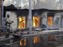 Pri požiari domova pre zdravotne postihnutých vo Vejprtoch zomrelo osem ľudí