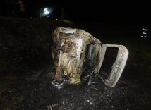 zhorene auto, nehoda, Zvolen 2017