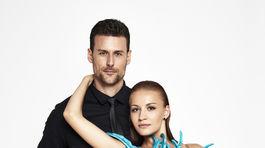 Televízny moderátor Peter Varinský a jeho tanečná partnerka.