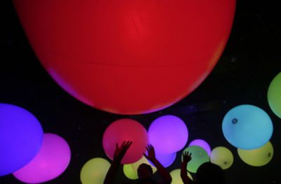 Japonsko, balóny, gule, farby, svetlá, párty