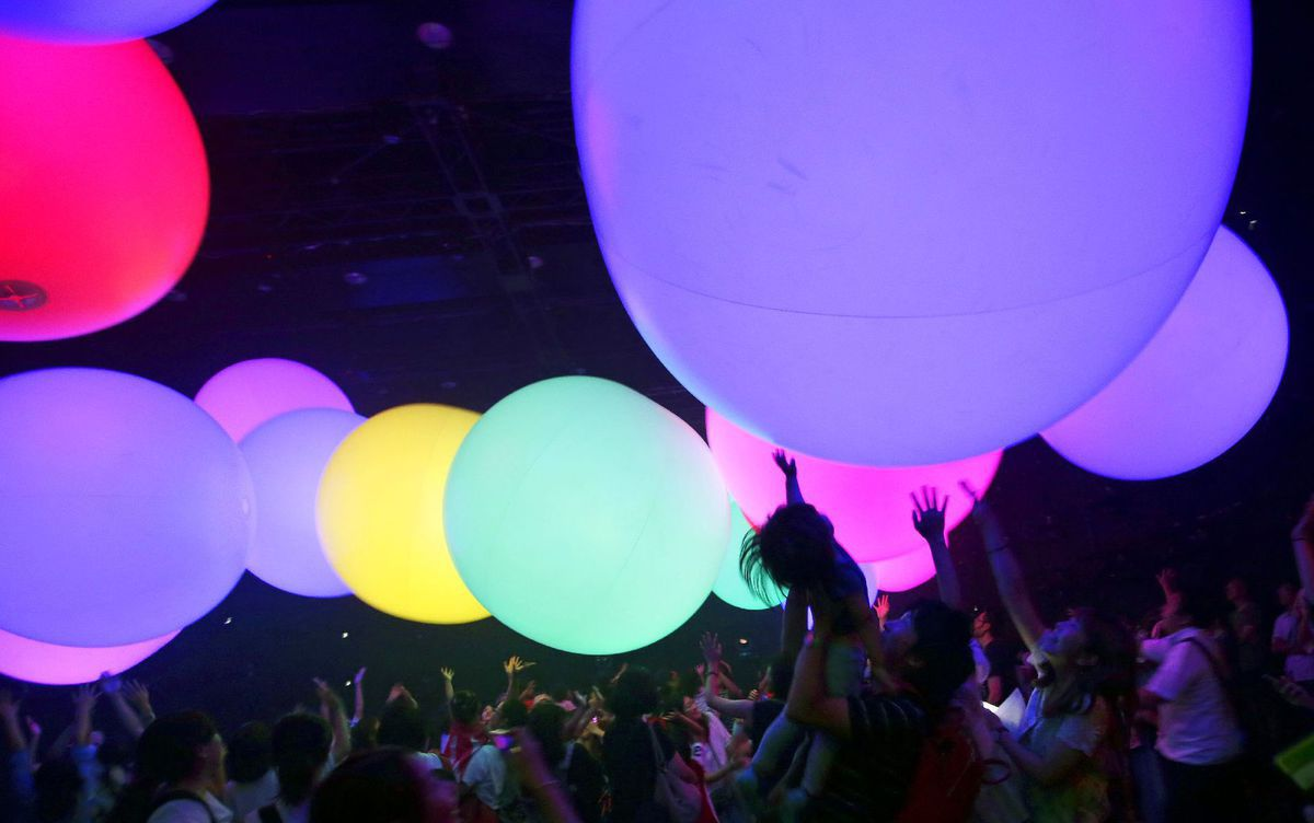 Japonsko, balóny, svetlá