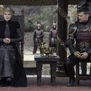 hra o tróny Cersei Lannisterová a jej brat Jaime