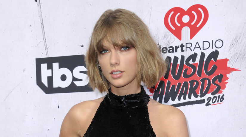 Speváčka Taylor Swift na archívnom zábere.