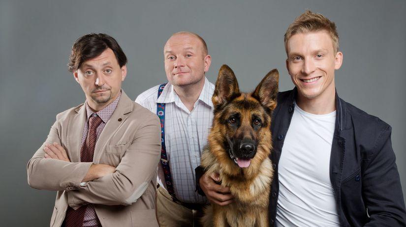 Juraj Bača (vpravo). V seriáli účinkuje aj...