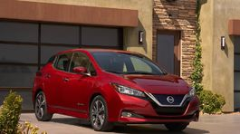 Nissan-Leaf-2018-1024-05