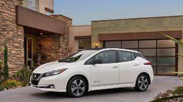 Nissan-Leaf-2018-1024-09