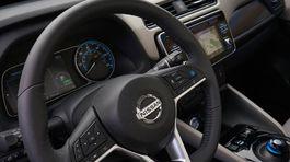 Nissan-Leaf-2018-1024-2c
