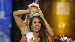 Miss Severej Dakoty Cara Mund po víťazstve v súťaži Miss America predviedla celú škálu grimás z dojatia a emócií.