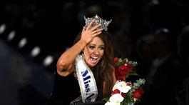 Nová Miss Amerika Cara Mund.