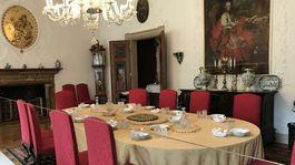 Buchlov, stôl, jedáleň