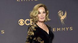 Herečka Jessica Lange vyzerala pôvabne v kreácii Gucci.