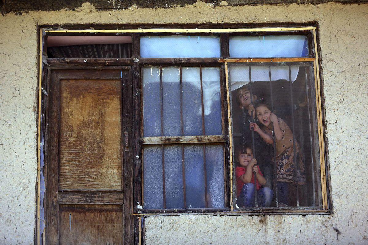 Afganistan, deti, okno