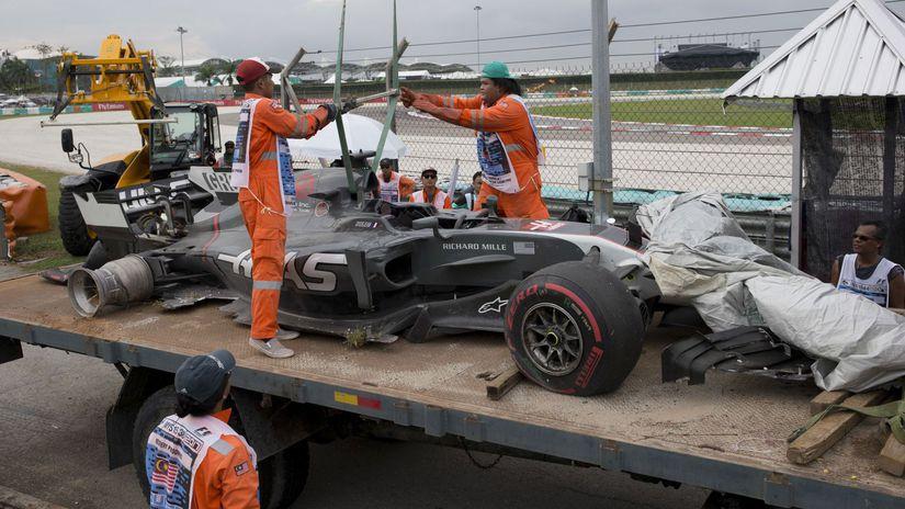 Sepang Grosjean havária