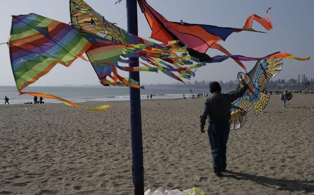 Peru, šarkany, pláž