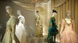 Záber z múzea dizajnéra Yves Saint Laurenta