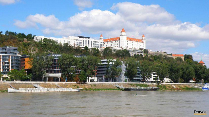 Bratislava, Dunaj, Bratislavský hrad