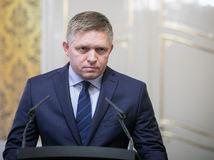 Smer je najúspešnejšia strana v histórii Slovenska, vyhlásil Fico a obul sa do opozície. Kollára označil za pedofila