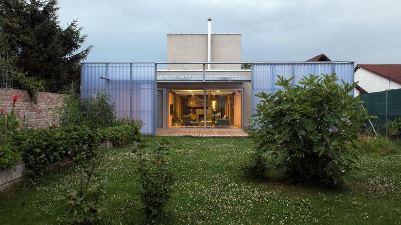 CE-ZA-AR Dom v dome
