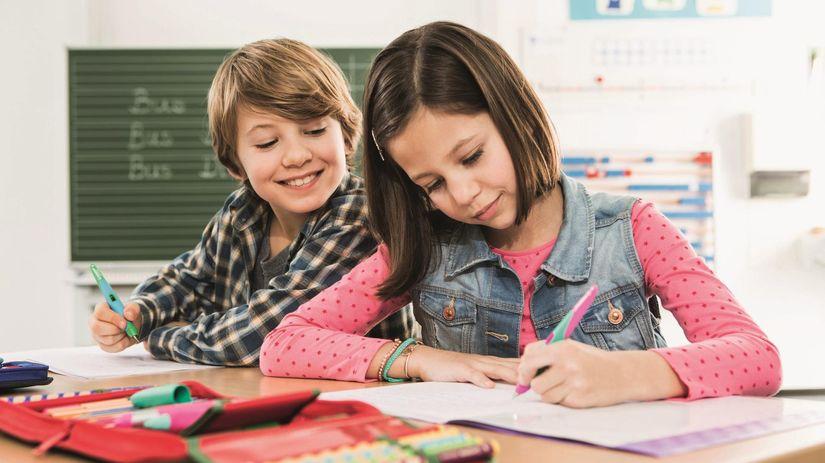 škola, žiak, pero, písanie