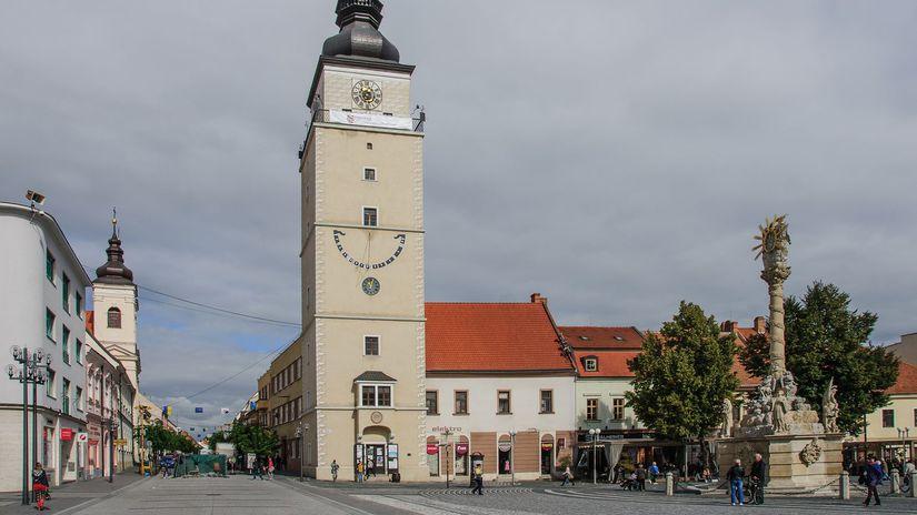 Trnava, kostol