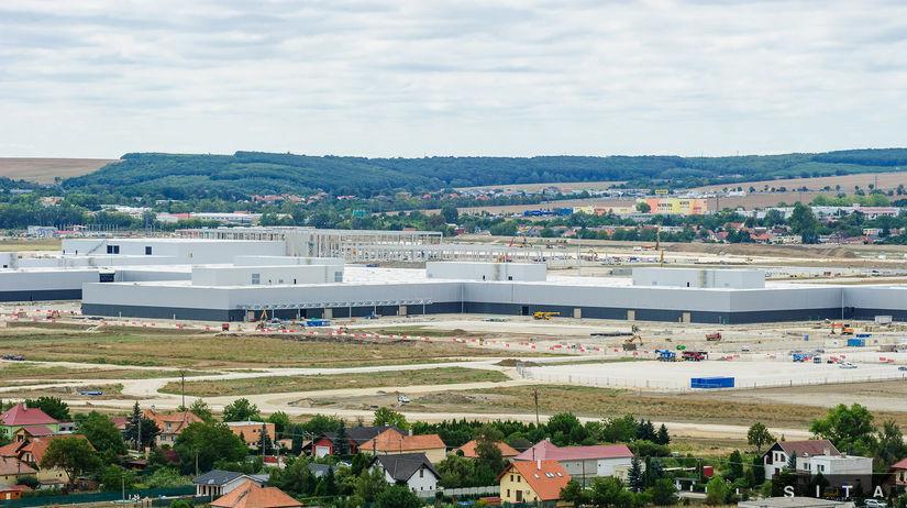 Výstavba závodu Jaguár