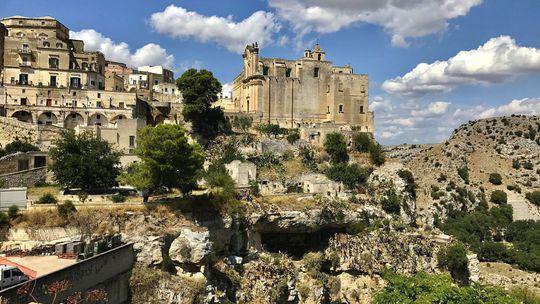 Vidieť Neapol a skončiť v Bari