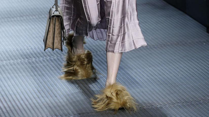 Gucci, kožušina, topánky,