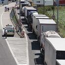 kamiony, hranica, myto, doprava,