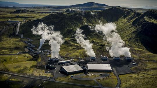 Geotermálna elektráreň