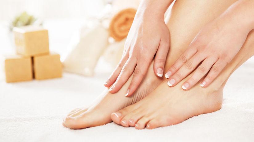 nohy, masáž, žena
