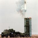 Na ruskej strelnici sa pri testoch zrútila raketa S-350