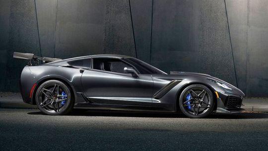 Corvette ZR1: 'Americké LaFerrari ' má šialený výkon a super cenu!