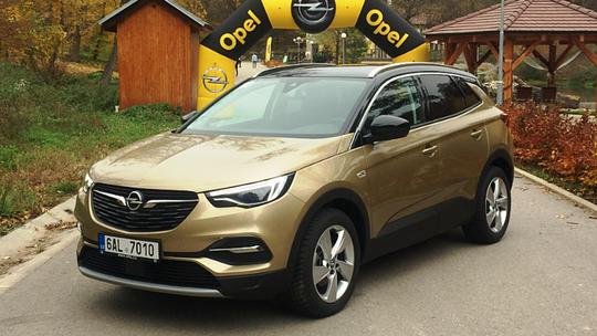 Opel Grandland X: Nemecký Francúz prezradil ceny. Je lacnejší ako Peugeot 3008