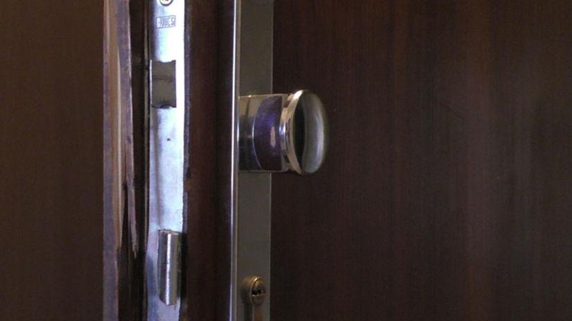 prekonane dvere-sita-adlo