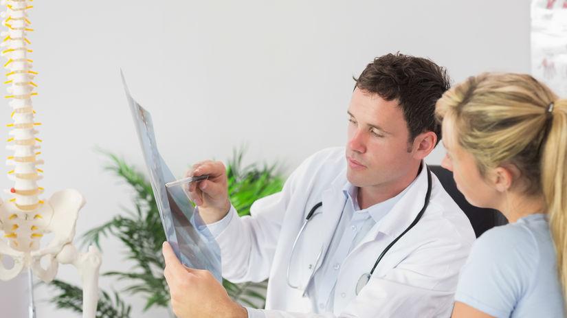 lekár, pacient, chrbát, chrbtica, rontgen