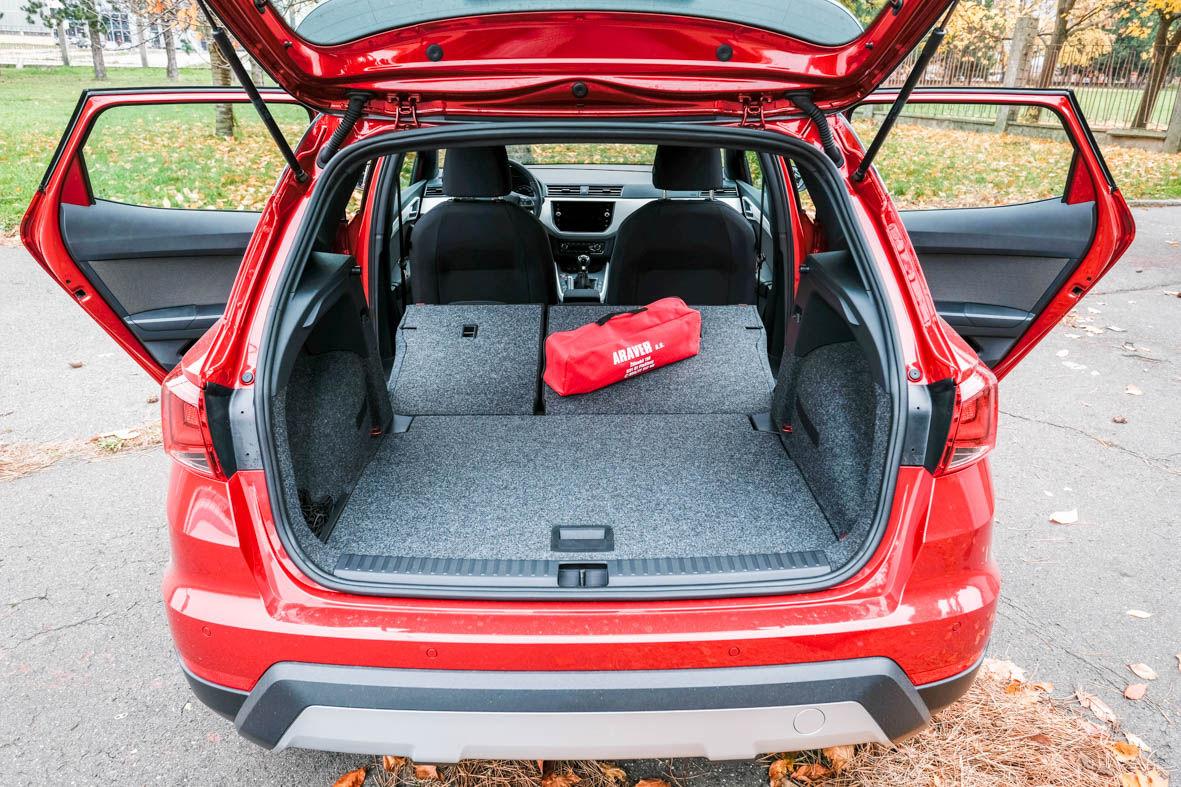 test seat arona 1 0 tsi m da aj priestor testy auto. Black Bedroom Furniture Sets. Home Design Ideas