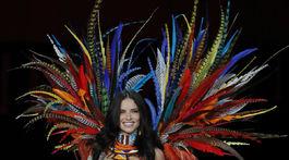 China Victoria's Secret Brazílska topmodelka Adriana Lima.