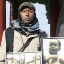Američana oslobodeného z KĽDR našli uhoreného v aute