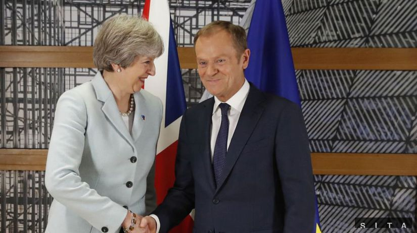 Donald Tusk, Theresa Mayová
