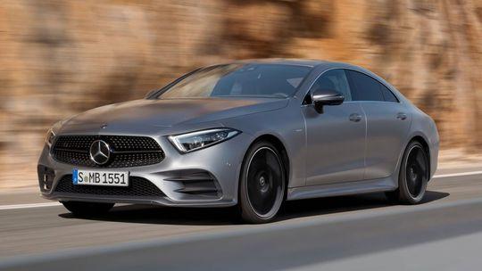 Mercedes-Benz CLS: Nové 4-dverové kupé ťaží aj z minulosti. Má radové 6-valce