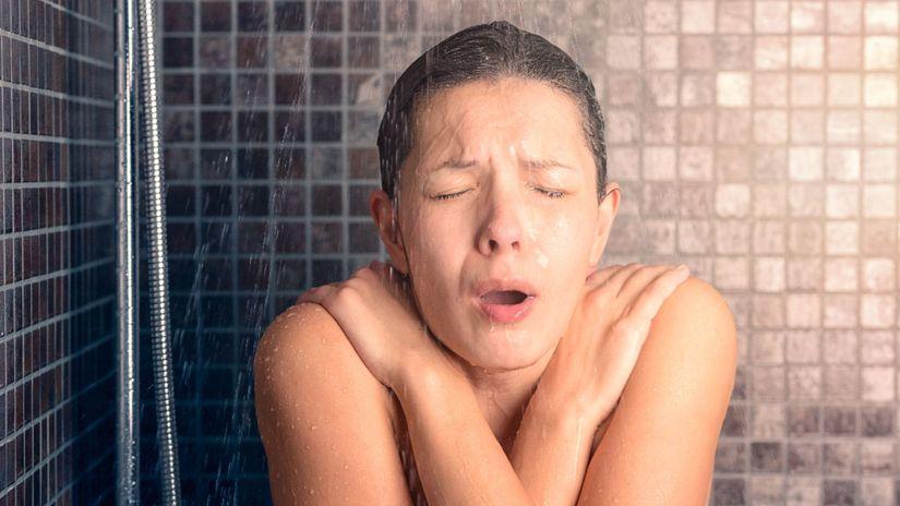 otužovanie, žena, sprcha