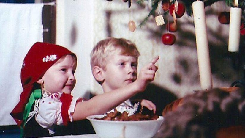deti, vianočný stromček