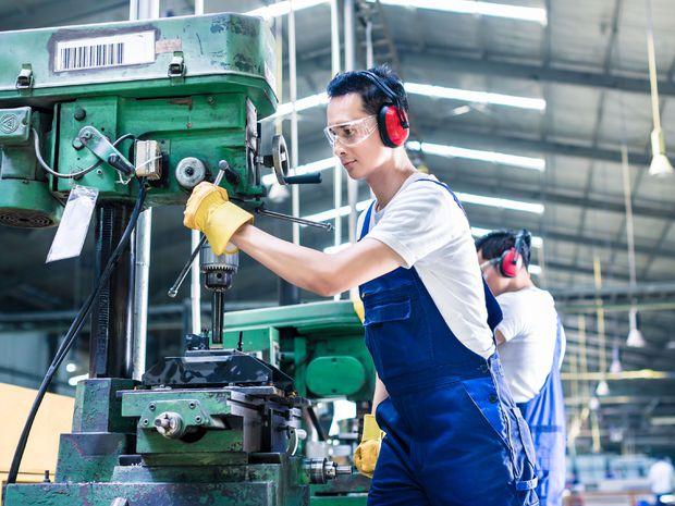 pracujúci, zamestnanec, fabrika