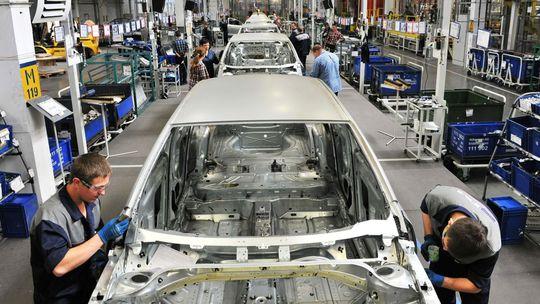 VW má vraj záujem o ruský GAZ. Zatiaľ mu dodáva motory
