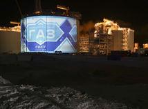 Rusi rozbehli obrí plynový projekt, prvý tanker odštartoval Putin