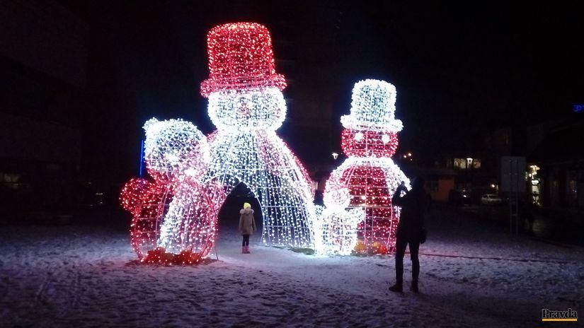 snehuliak, trencin, vyzdoba