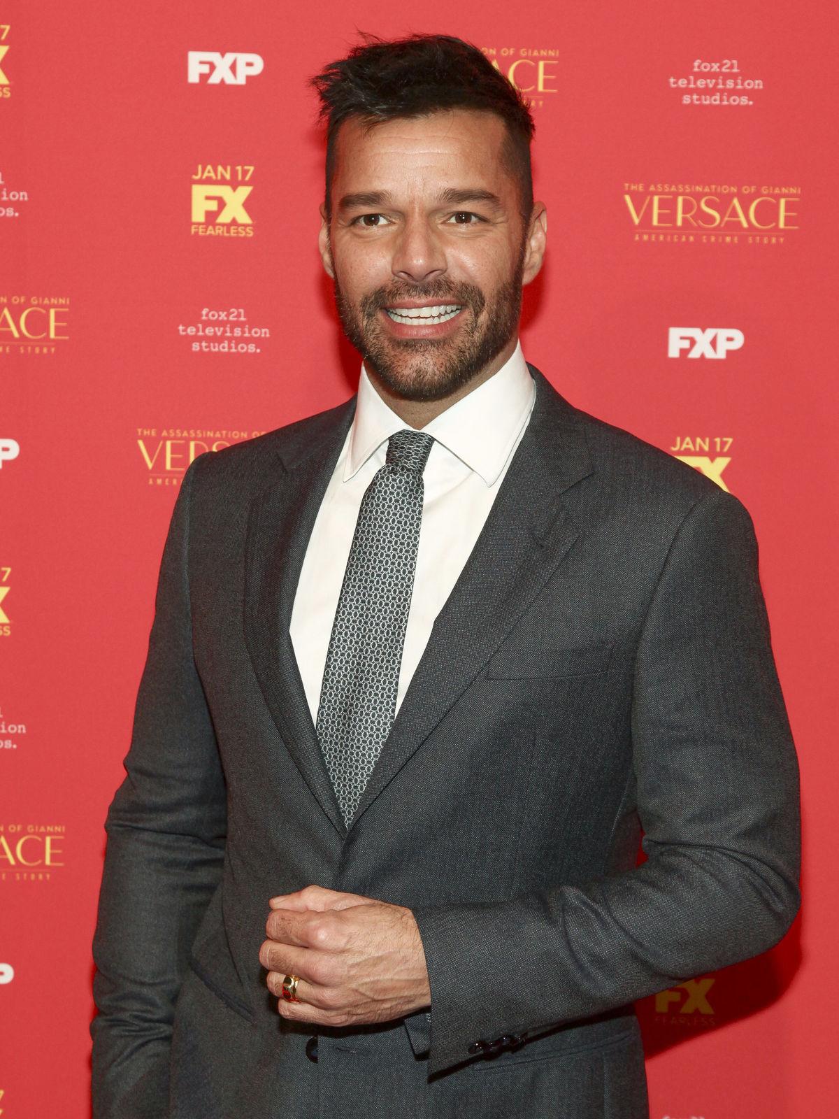 Spevák a herec Ricky Martin.